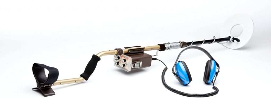 Tesoro Sand Shark is an Underwater Pulse Metal Detector with Great for salt water use with low cost.