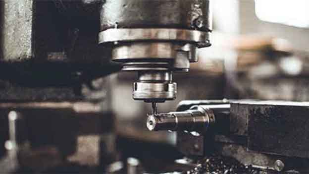 If you are wondering about Bolton Lathes, then this Bolton lathe review will guide you