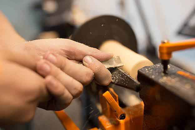 If you are looking for best lathe tools, then this best woodturning tools guide will come very handy.